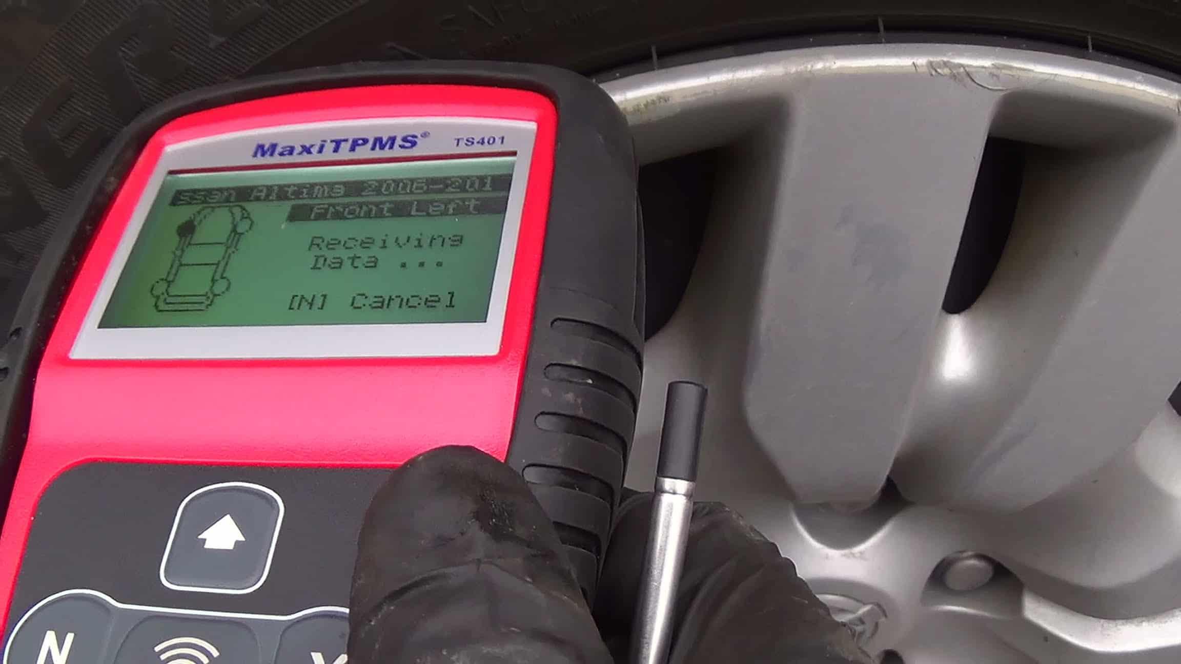 Как прописывают датчики давления в шинах